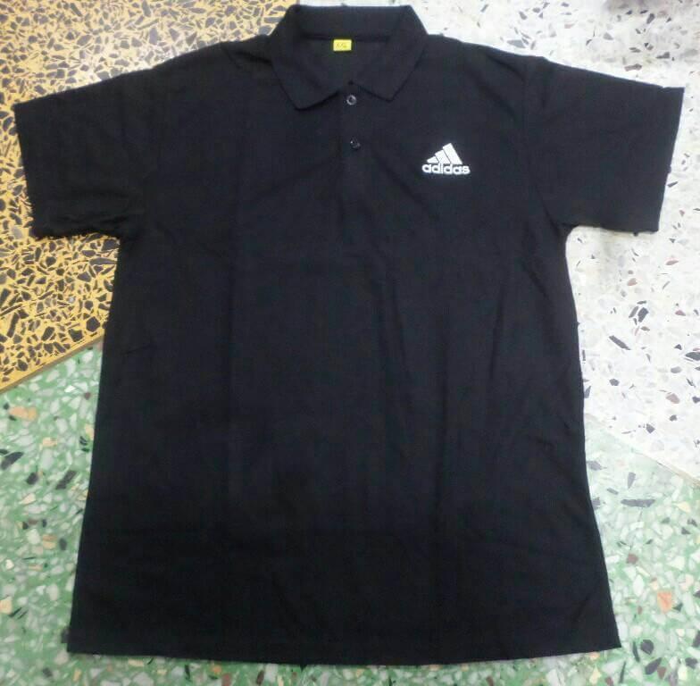 เสื้อโปโลสีดำปักลาย